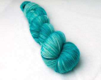 Hand dyed yarn 'George' 100g superwash / sock yarn / DK yarn / Aran yarn /worsted yarn / crochet / knitting / dyed wool / indie dyer