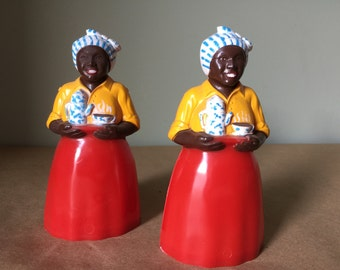 Aunt Jemima Mammy Salt and Pepper Shakers Luzanne Coffee 1950s Kitchenalia