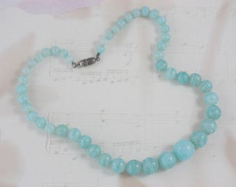 Light Blue Vintage Necklace, Short Blue Bead Necklace, Blue Glass Beads, Graduating Round Glass Beads, Baby Blue Necklace