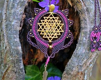 Sri yantra necklace, sri yantra pendant, Boho Necklace, dreamcatcher necklace, Bohemian Jewelry, Macrame Necklace, Gypsy Jewelry, feather