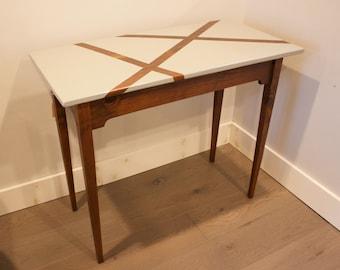 Geometric top table