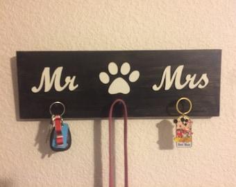 Wood key chain holder, Wooden Key Chain Holder, Dog Paw Key Chain Holder, Mr and Mrs Key Chain holder