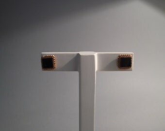 18Kt yellow gold earrings with square onyx