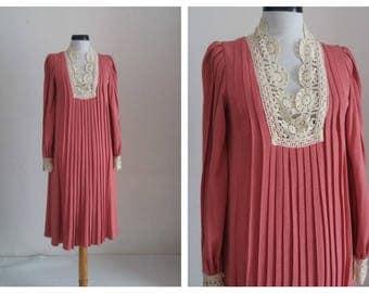 Vintage1940s crochet dress | 40s pleated dress|  40s knit dress