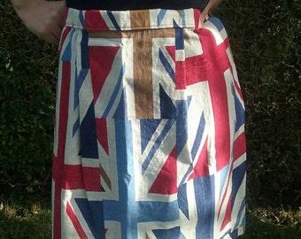 Union Jack style print half apron