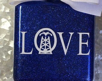 Oilfield love ornament
