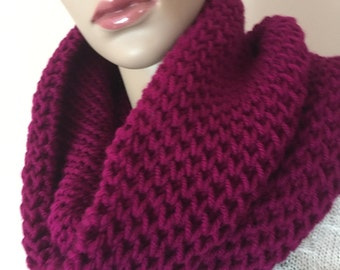 Knitted soft cowl, thick knitted cowl