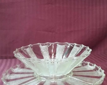 Crystal serving bowl with platter. Dewdrop pattern.