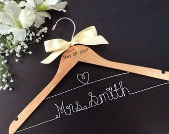 CUSTOM Wedding Hanger with date, Bridal shower gifts, Bridal Hanger,Personalized Hanger,Bridesmaid Hangers,Custom Made Hanger,Mrs Hanger