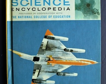 Young People's SCIENCE Encyclopedia Vol. 1., A-An, 1970 Hardcover Physics VG