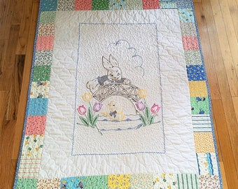 Vintage Embroidered Crib Sheet Quilt/Handmade Baby Quilt/Retro Baby Quilt