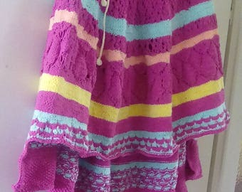 Poncho in red color size 48