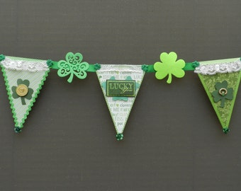 St Patrick Vintage Shamrock Lucky Lace Wall Decor Banner
