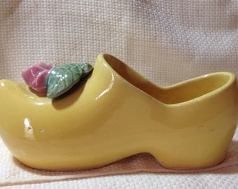 Vintage McCoy pottery yellow clog shoe with pink rose