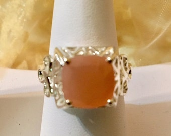 USA-FREE SHIPPING!! Peach Moonstone Sterling Silver Ring