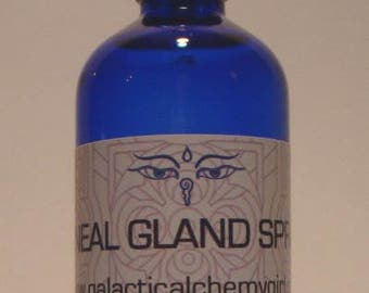 PINEAL GLAND SPRAY;  Chakra Spray Organic Aromatherapy Spray Essential Oil Spray Chakra Balancing Aura Spray Room Spray Chakra Mist
