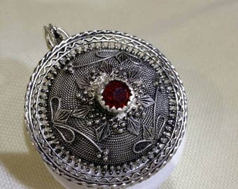 Silver Pendant with genuine Sardinian filigree button