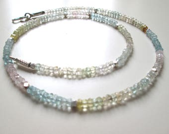 delicate necklace from passtellfarbenem Beryl and beads from Hiltribesilber/gemstone necklace