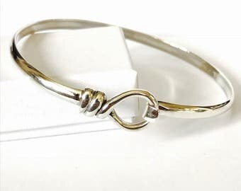A Sterling Silver Rope Fasting Bangle