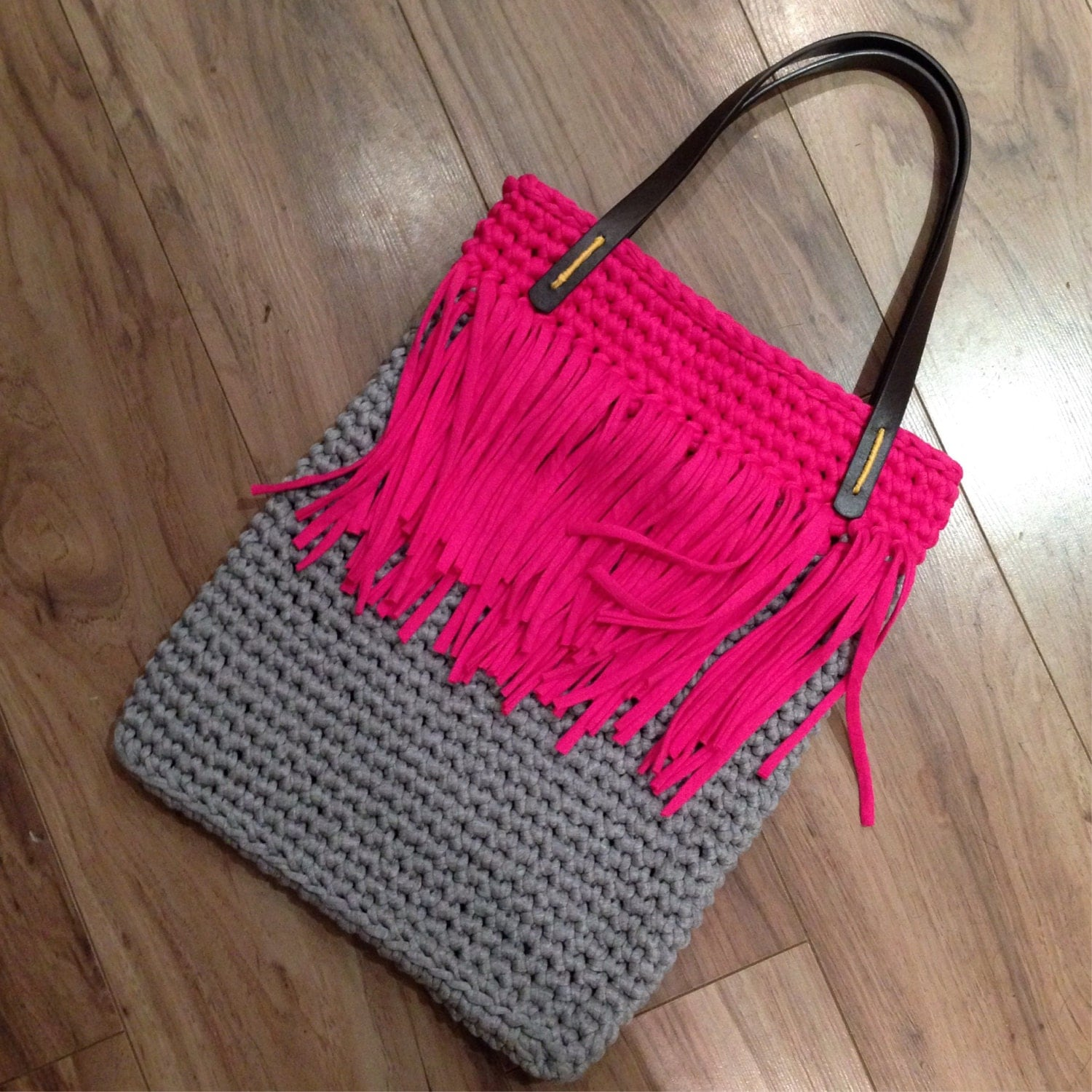 Yarn Bag Pattern : Tassel Tote T-shirt Yarn Crochet Bag Pattern