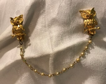 """Sweater Clip, Owls and Pearls, 8"""""""