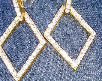 80's goldtone / rhinstone fashion earrings