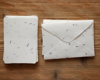 Stationery Set Handmade Paper with Cornflower Suitable for Calligraphy (6 envelopes + 12 sheets of paper)