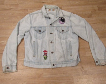 Vintage Hippie Stoner Jacket Levis denim USA Distressed Patches Medium - Large Light wash Smiley alien