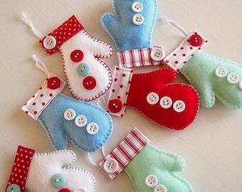 Felt mittens ornament Handmande felt ornaments Christmas Housewarming home decor Baby shower ornaments eco friendly