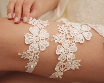 Ivory wedding garter set Lace garter Bridal garter Wedding garter Flower garter Bridal garter set