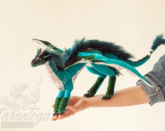 Poseable dragon with wings - blue & silver