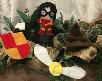 Set of 4 pieces of Harry Potter Christmas Ornaments