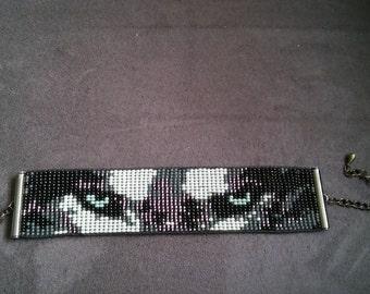 "Loom beaded bracelet ""wolf"" eyes, with rocailles sead beads, wolvenkop, ogen."