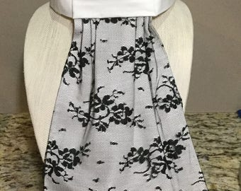 Black Lace Stocktie