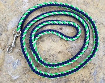 Seahawks leash