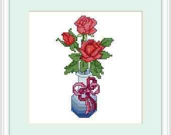 Cross stitch pattern PDF - Red Roses. Chart for instant download. 41 x 73 stitches. 14.5 cm x 14.5 cm Medium for beginners.