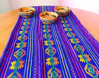 Table runner, decorative tablecloth, decorative cambaya, Mexican fabric, Mexican table, tribal fabric, table decor, kitchen decor