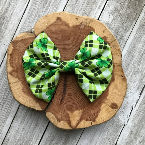 Shamrock || bow tie, bows for toddlers, baby bow | Nylon Baby Girl Bow Headband - baby boy bow tie - fabric bow-