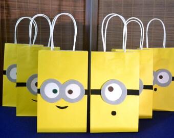 MINIONS FAVOR BAGS - Set of 12 Minion Inspired Party Bags, Minion Party,  Despicable Me Party, Minion Birthday, Minion Party Bag, Minion Bob