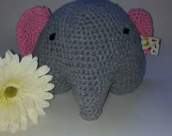 Amigurimi elephant for baby