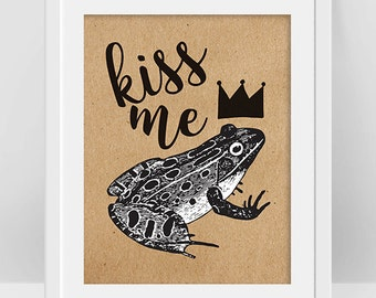 Frog Art, Kiss Me, Frog Print, The Frog Prince, Valentines Day Printable, Frog Gifts, Fairy Tales Art, Unique Wall Art, Vintage Style Poster
