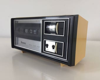 Hermes digital clock radio Model 355-03