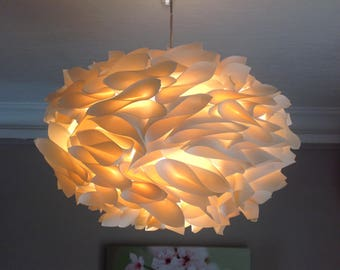 Suspension/lamp oval paper color ecru/ivory cream