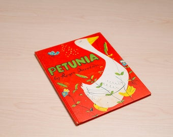 Weekly Reader Children's Book Club (Primary Div.)     PETUNIA
