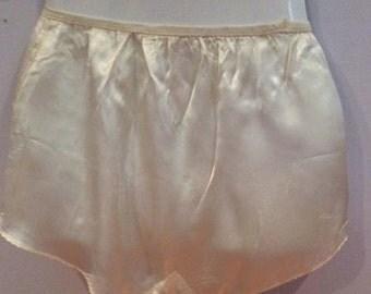 tap pants vintage white 1950's elastic waist