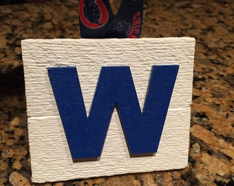 Chicago Cubs W Christmas Ornament