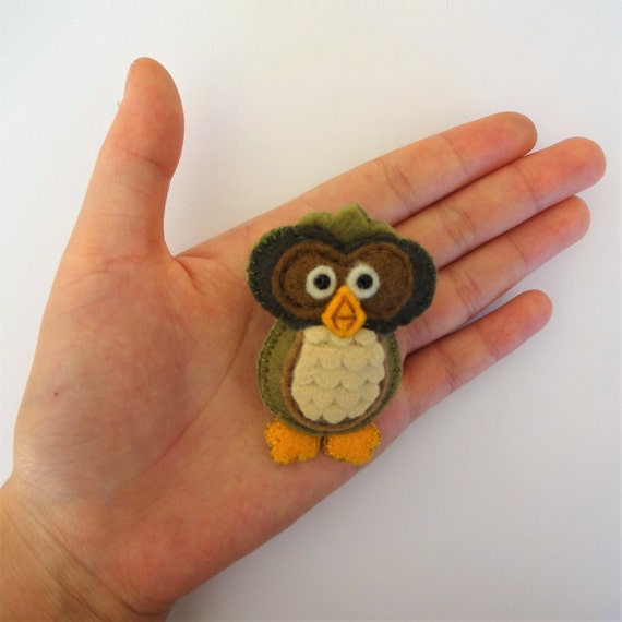 Khaki Green Owl Brooch