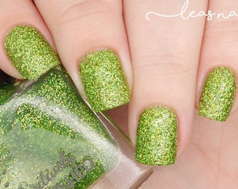 Bottle green by Positively Pawlished - green holographic glitter 10ml nail polish