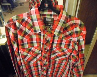 VINTAGE  Western shirt 70'S OR 80'S    by FENTON    Size 16/33     Never worn