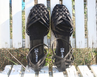 Sandals Women sandals.  Black women sandals, shoes.  French vintage.